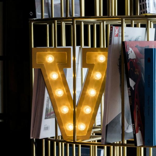 Puidust lamp täht V