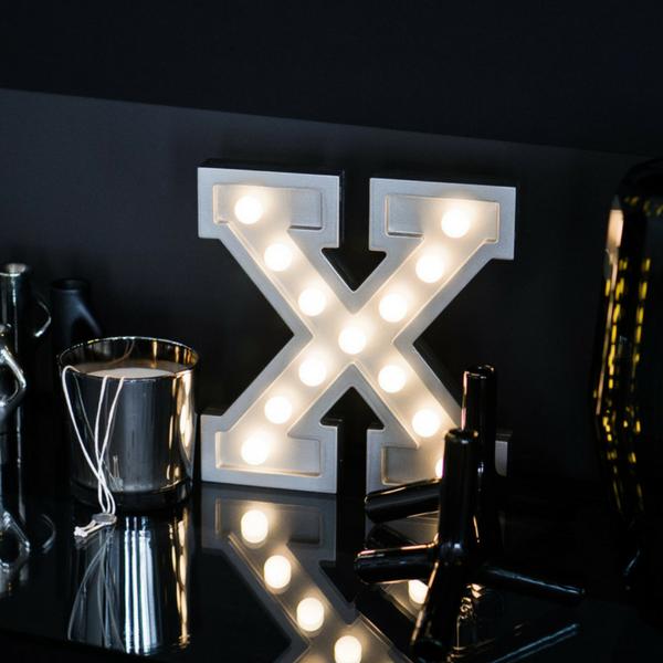 Puidust lamp täht X